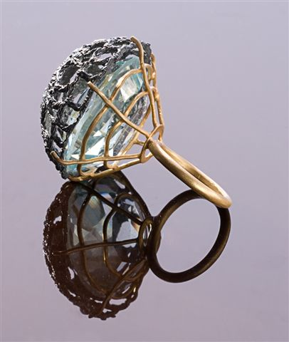 Ring.  925 Silver, oxidized silver, glass.